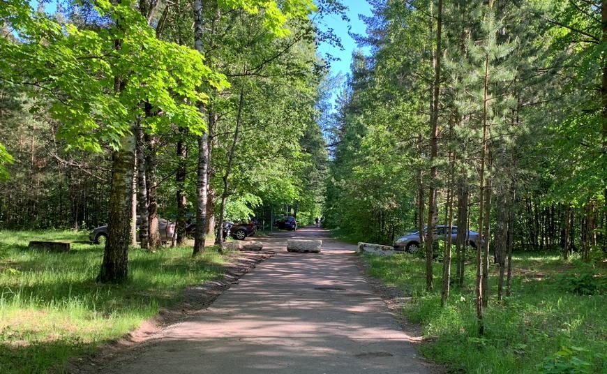 Парковка у мемориала Форт Красная Горка