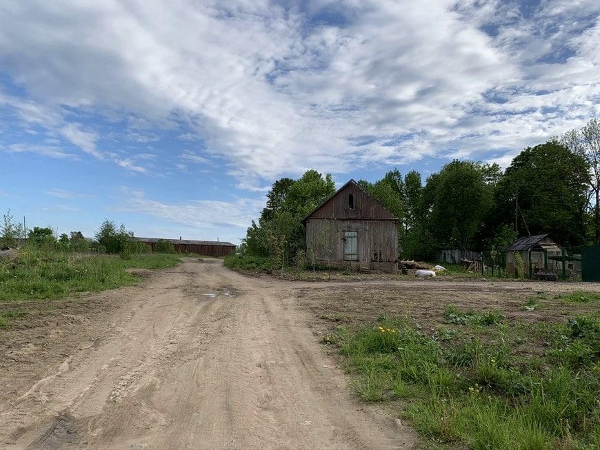 Радоновые источники и озера в деревне Лопухинка Ленинградской области