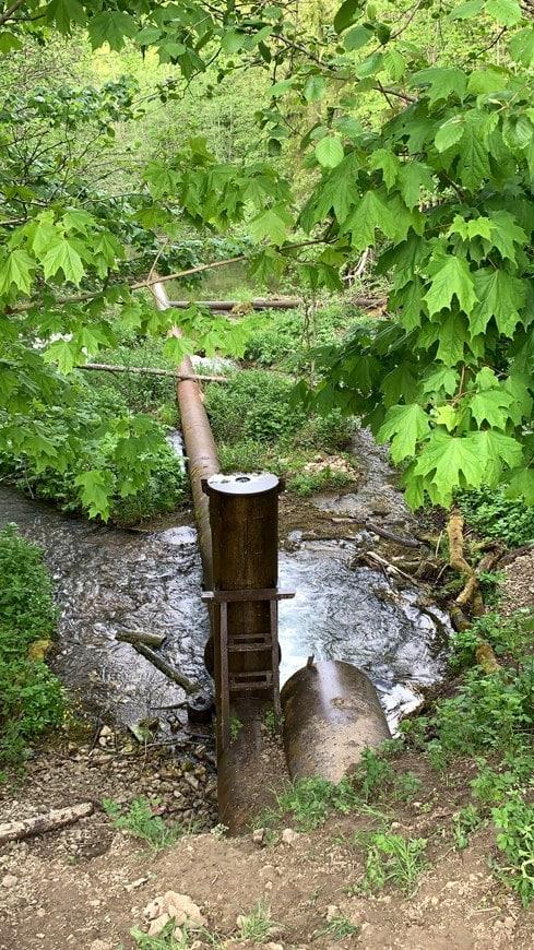 Плотина на реке Лопухинка