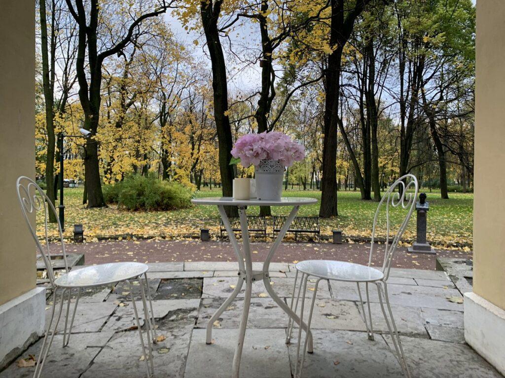 Кафе в Михайловском саду
