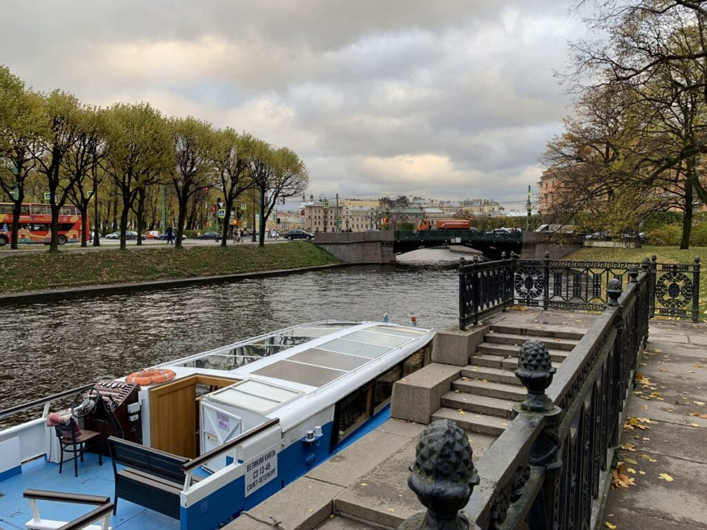 Михайловский сад в Санкт-Петербурге – уникальный образец ландшафтного искусства