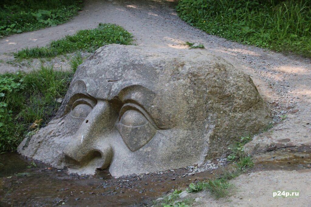 Загадка каменной головы в Сергиевке Петергоф - Адамова голова