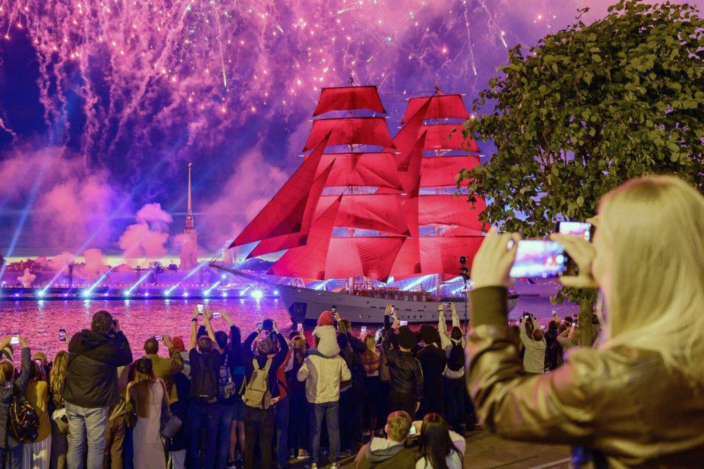 Проведение Алые паруса Спб 2021 лучшие точки просмотра