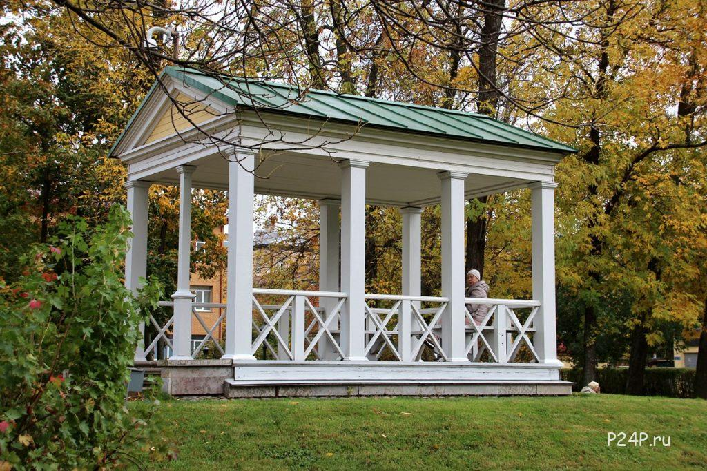 Польский сад – райский уголок в бетонных лабиринтах Санкт-Петербурга