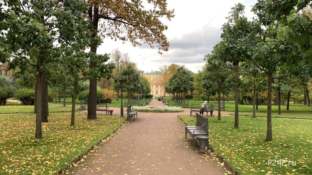 Польский сад центральная клумба