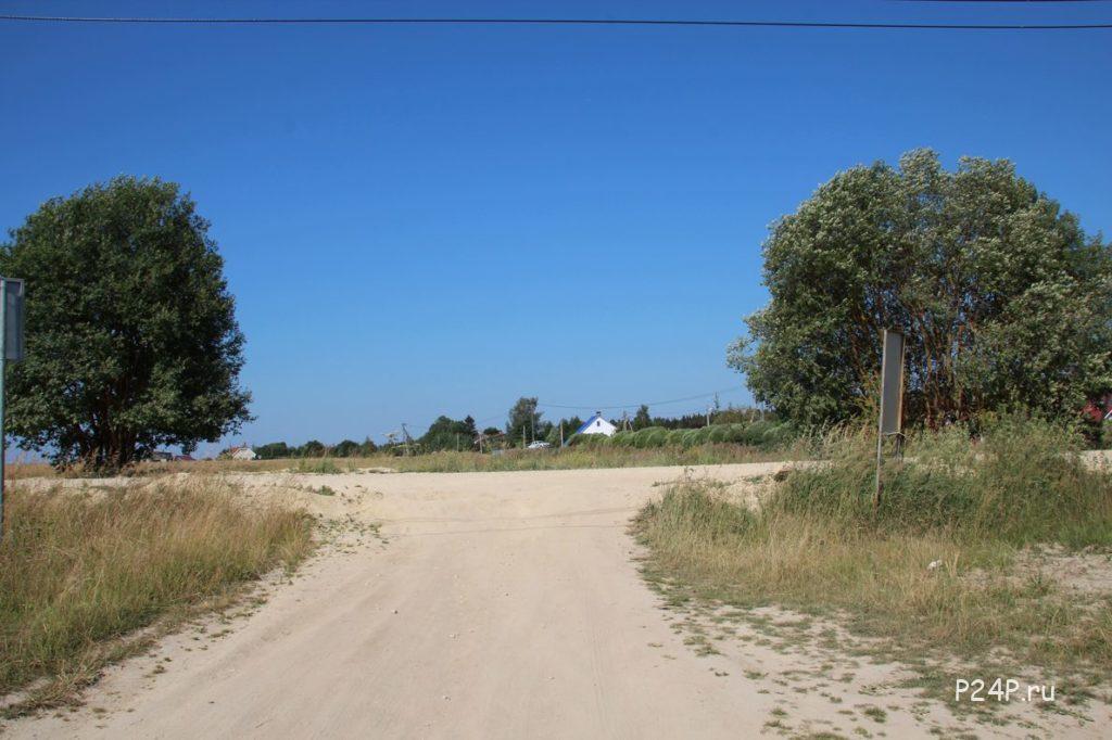 Съезд с грунтовой дороги у Новое Хинколово