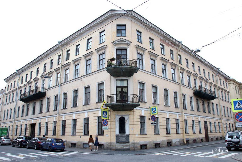 Дом Раскольникова на Гражданской 19