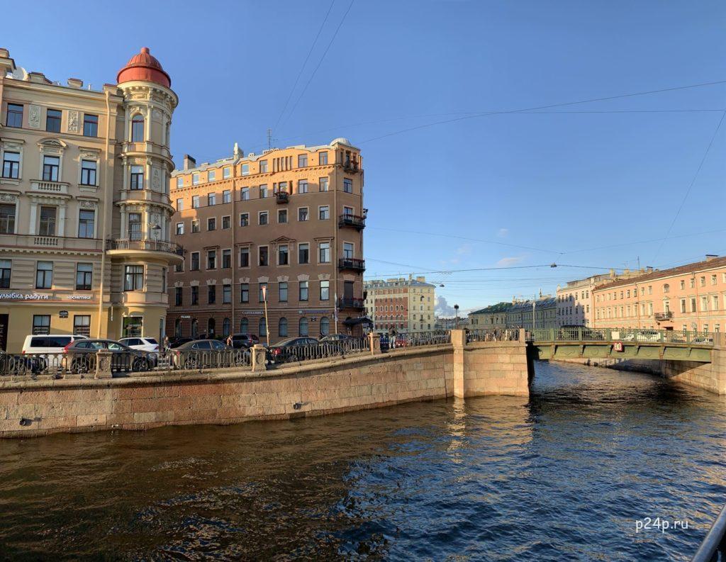 Кокушкин мост, вид со стороны Вознесенского моста